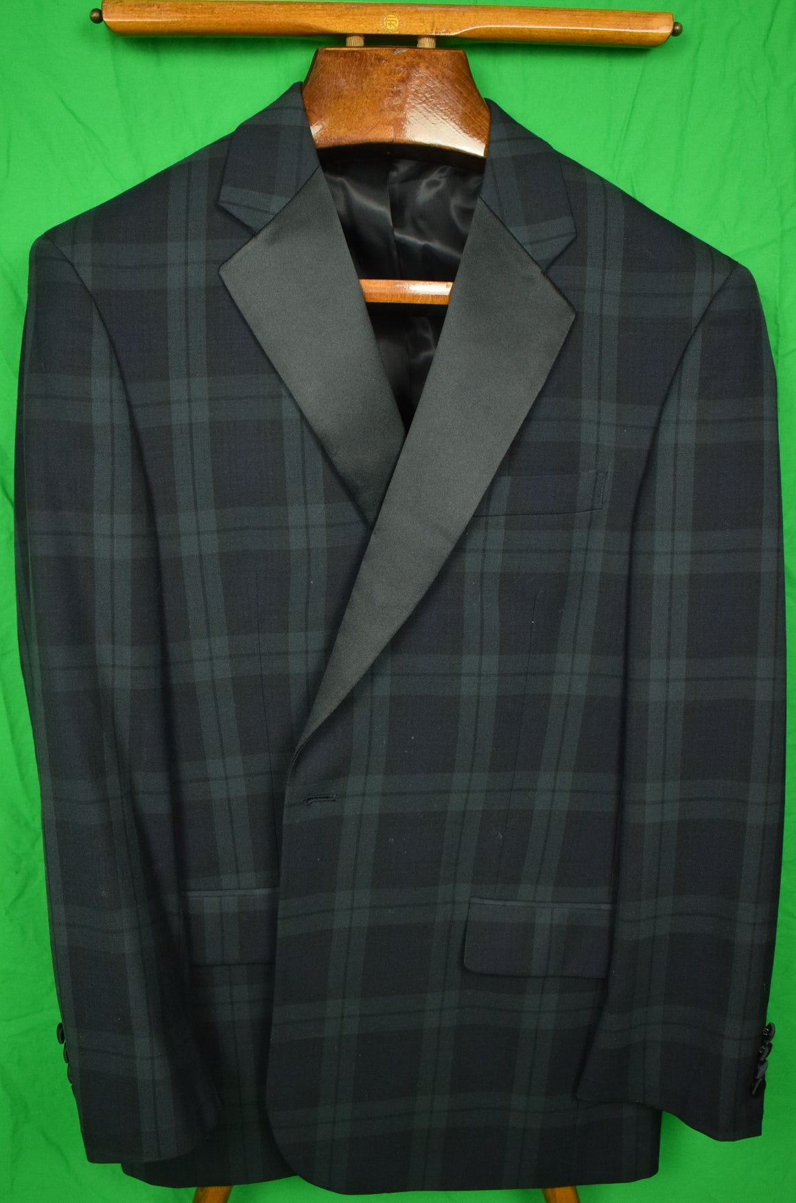 Jos A Bank Black Watch Tartan Dinner Jacket w/ Satin Notch Lapel Sz 43R