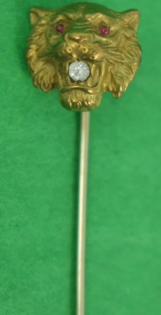 Ruby-Eyed & Diamond Mouth Tiger Gold Stick Pin