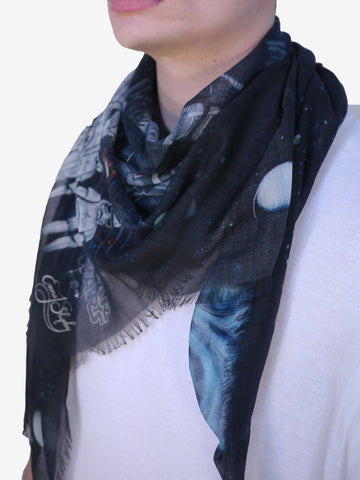 Strike back in style with this detailed Star Wars scarf - featuring hand-drawn details from the original trilogy.