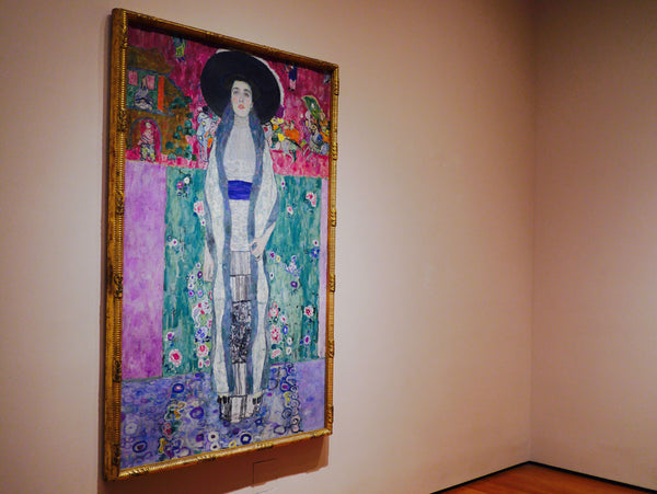 Left: Gustav Klimt, 'Adele Bloch-Bauer II', 1912, oil. Right: Pablo Picasso, 'Girl before a mirror', 1932, oil on canvas.