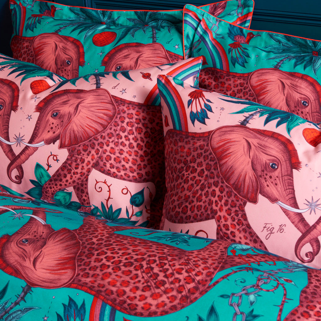 This unique new bedding delight has great detail, the bright pink Oxford Pillowcase will transform your bedroom into an exotic maximalist jungle paradise