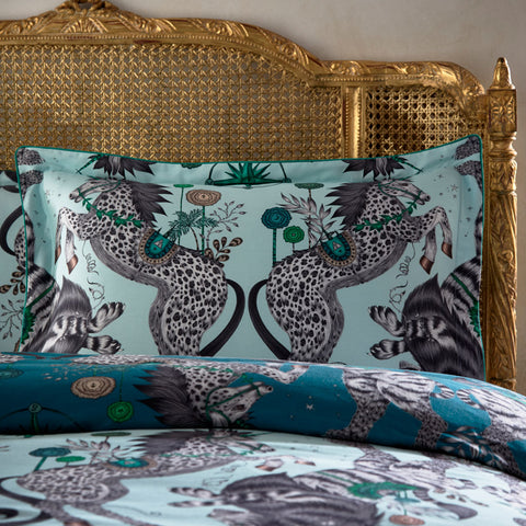 The Caspian Oxford Pillowcase is inspired by JC. S. Lewis' Chronicles of Narnia and the designer Emma J Shipley's travels. The hand-drawn illustration adorns the magical bedding set that guarantees to turn your bedroom into a maximalist dream world.
