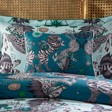 Emma J Shipley's printed Caspian Teal Boudoir pillowcase, is an exotic creation that will add a fantastical twist to your bed in an instant. The deep Teal colour makes a great pillow to use on its own or to stack and layer along with other cushions and pillows.
