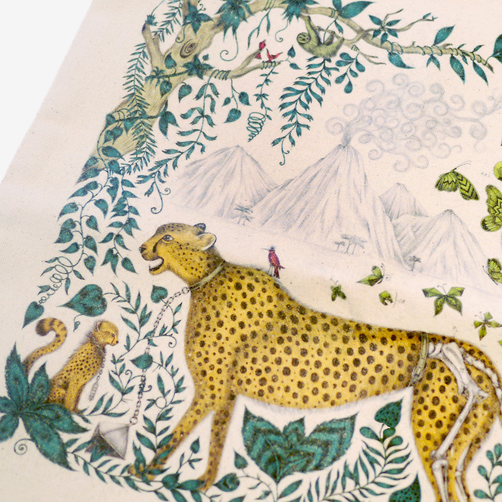 The signature Cheetah design by Emma J Shipley, featuring an arresting jungle scene.