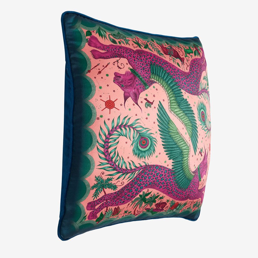 The vide view of the Lynx silk square Cushion in Magenta it's the perfect cushion to brighten up a lounge chair or to pile up on your bed to create a magic and comforting bed spread