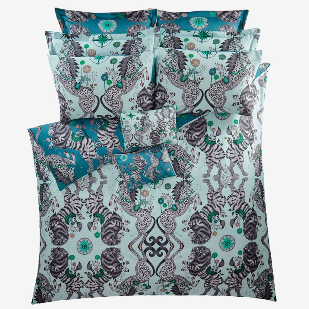 The Caspian Duvet in Aqua, is inspired by The Chronicles of Narnia by C. S. Lewis. Printed onto a 200 thread count cotton sateen reversible duvet case with the colours Aqua which is a light blue and Teal with is a deeper greener tone.