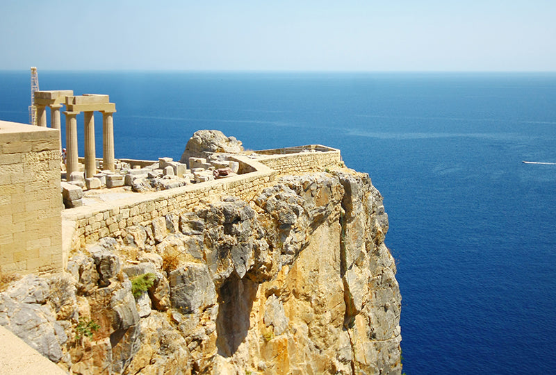 AG1313_shutterstock_88829740_Old-Castle-in-the-Lindos-town-Rhodes-Greece