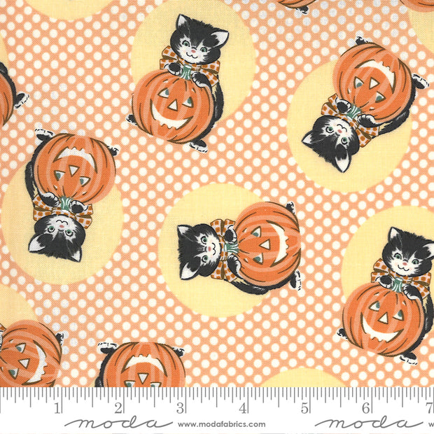 Kitty Corn - Kitty in Pumpkin - Urban Chiks for Moda Fabrics - 31171-13 - Half Yard