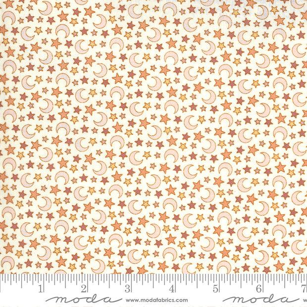 Kitty Corn - Magic Dust in Ghost - Urban Chiks for Moda Fabrics - 31173-11 - Half Yard