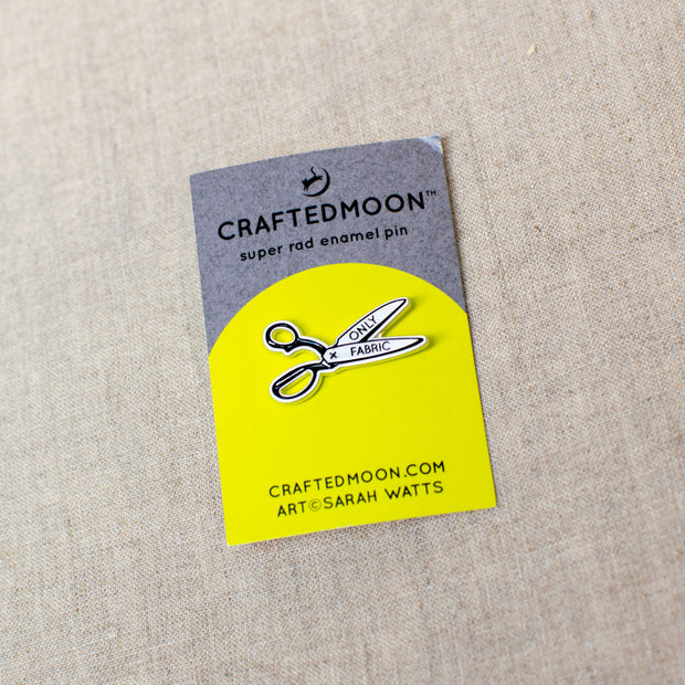 Craftedmoon - Enamel Pin - Fabric Scissors - CM ENP 005