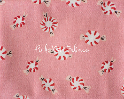 PRESALE - Trixie - Mousies Floral in Peach - Heather Ross for Windham - 50898-7 - Half Yard