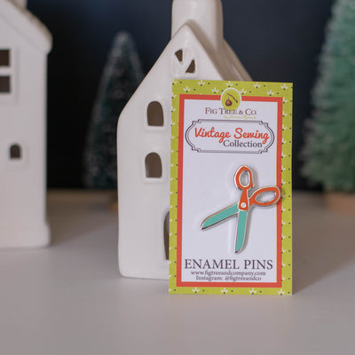 Fig Tree and Co. - Enamel Pin - Scissors