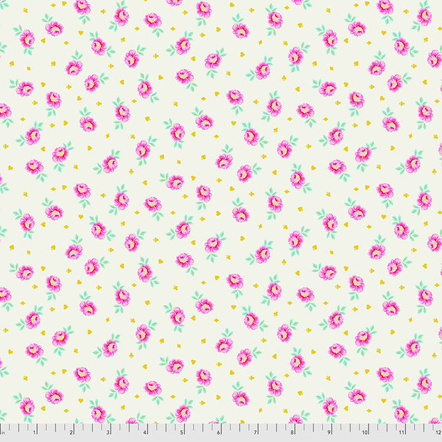 Curiouser & Curiouser - Baby Buds in Sugar - Tula Pink for Free Spirit - PWTP167.SUGAR - Half Yard