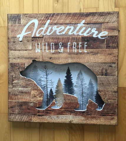 Country Bear Wood LED Wall Plaque 16 x 16 inches Cottage Decor