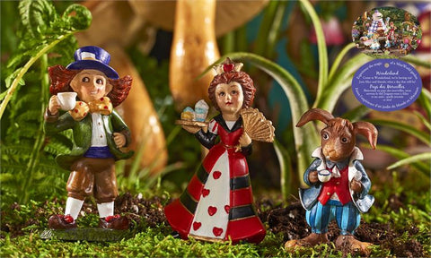Alice in Wonderland Set of 3 Figurines Queen of Hearts, March Hare, Mad Hatter.