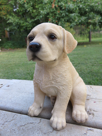 GOLDEN YELLOW LAB FIGURINE 6.5 IN. DOG SITTING