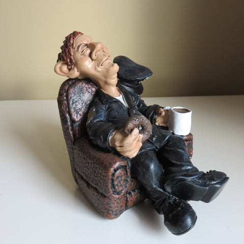 POLICE MAN COP WARREN STRATFORD MALE FIGURINE SITTING WITH COFFEE AND DONUT