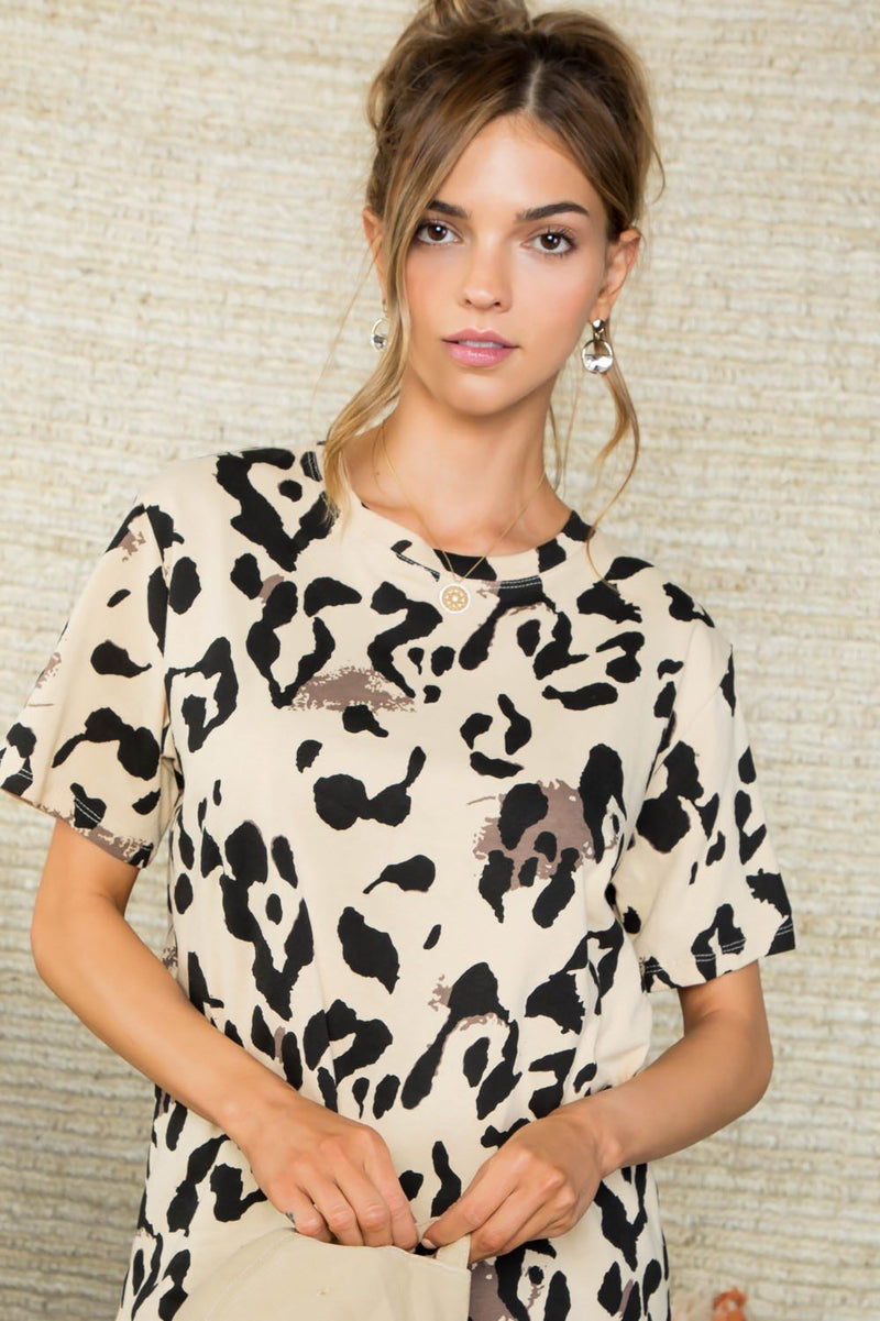 Lucie Leopard Tee - SexyModest Boutique
