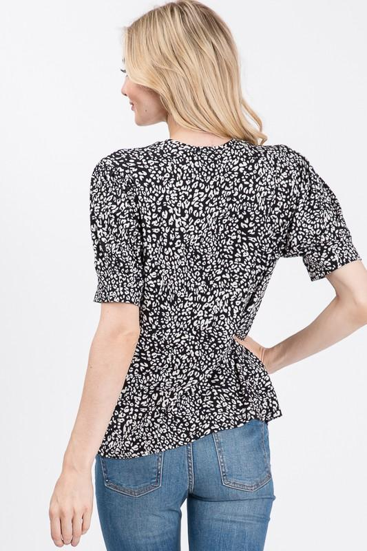 Desirae Leopard Top - SexyModest Boutique
