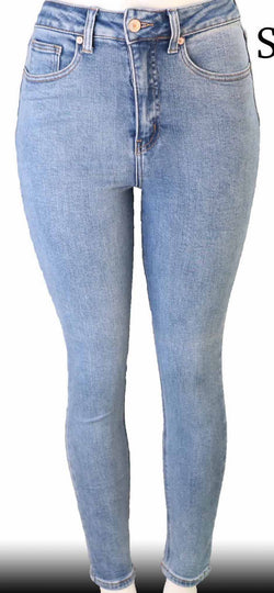 Dakota Light Wash Jeans