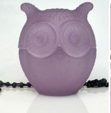 Load image into Gallery viewer, owl/blue/purple/soy/wax/candle