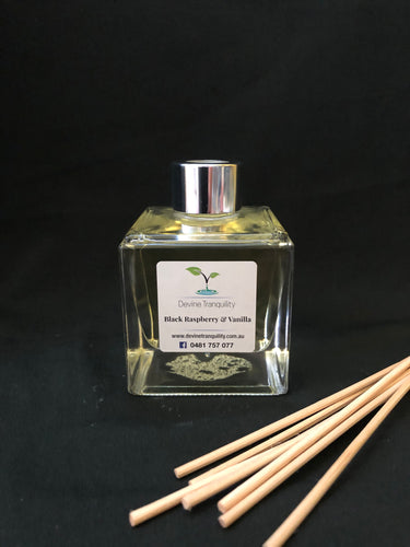 Black Raspberry& vanilla scented reed diffuser medium
