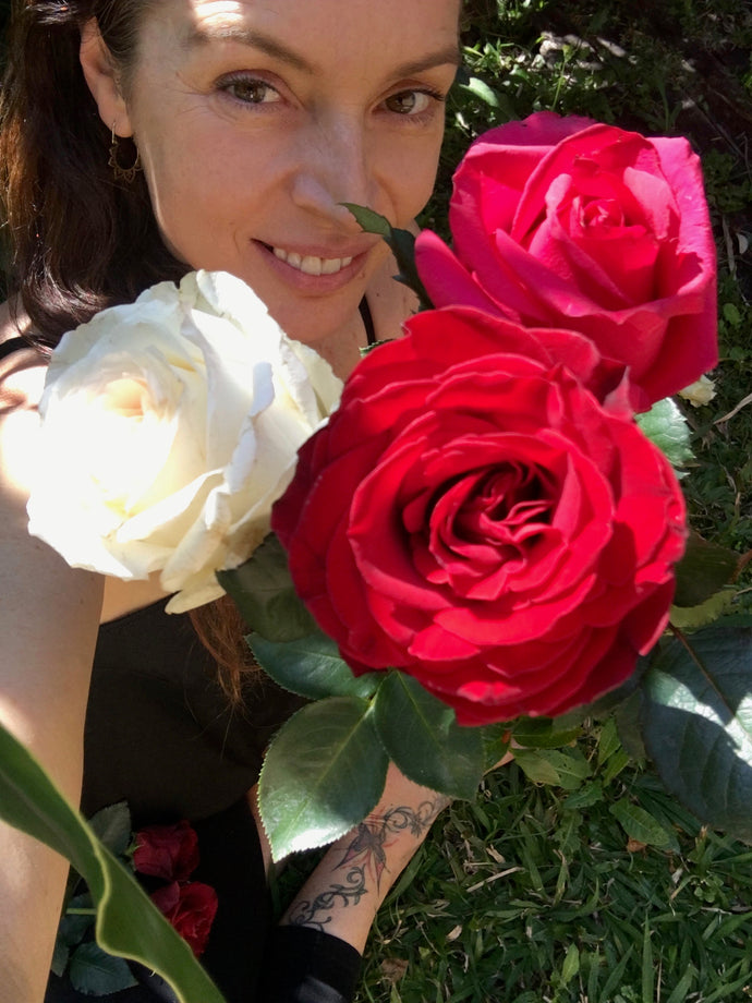 Roses and the goddess.