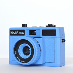 Holga 135 BC 35mm Camera (Blue)