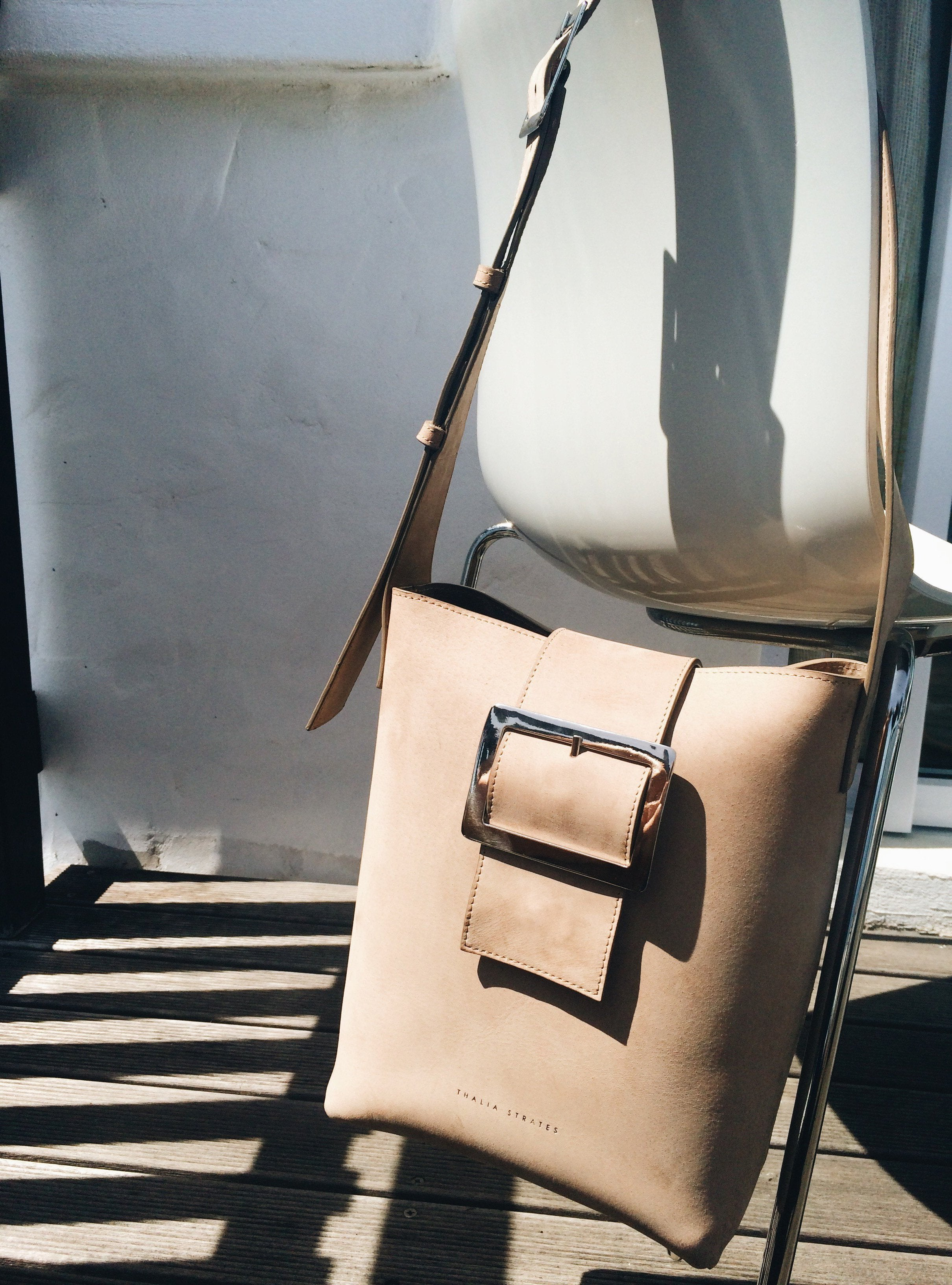 Bianca Leather Bag - Big buckle - sand Nubuck