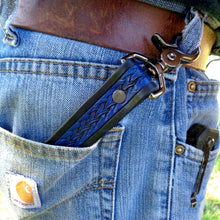 Load image into Gallery viewer, Floral Leather Key Clip