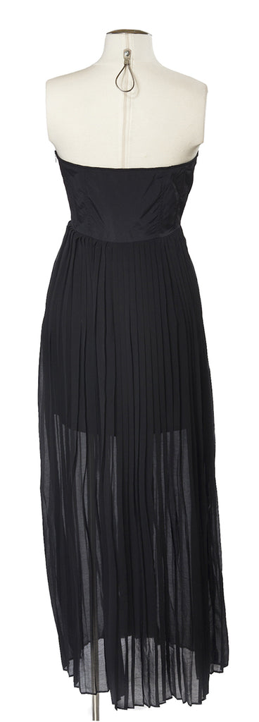 Pleats on the Plage Maxi in Noir