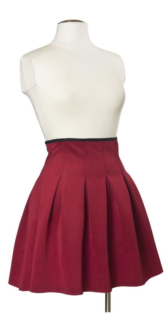 Advanced Placement Pleated Skirt in Burgundy