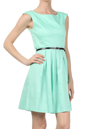 Impressive Introduction Dress in Mint