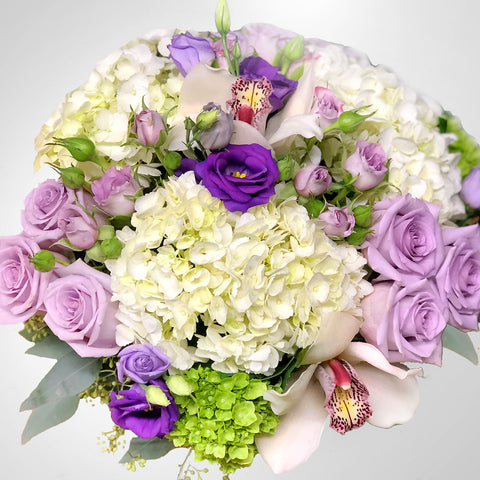 Purple & White Centrepiece