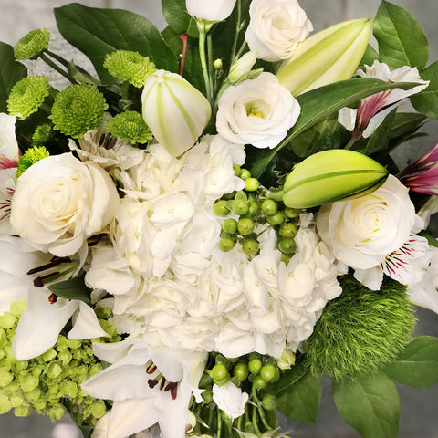 White and Green Mix Bouquet