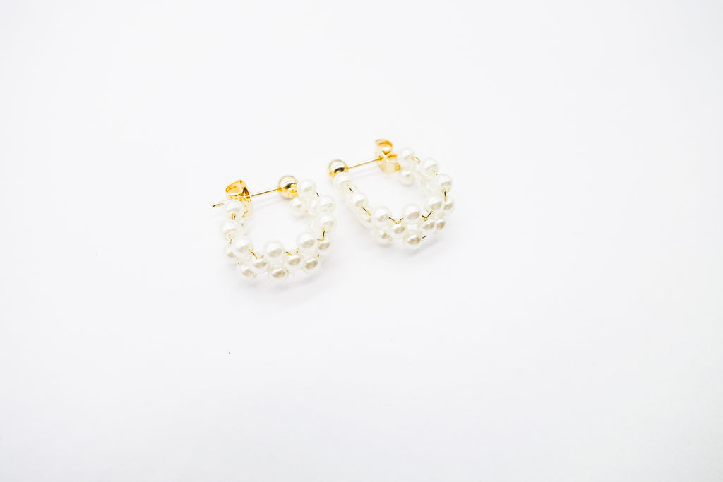 arion pearl earrings
