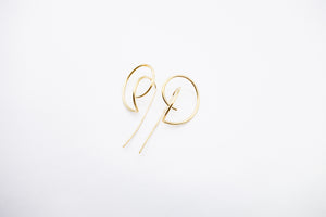 arion gold earrings