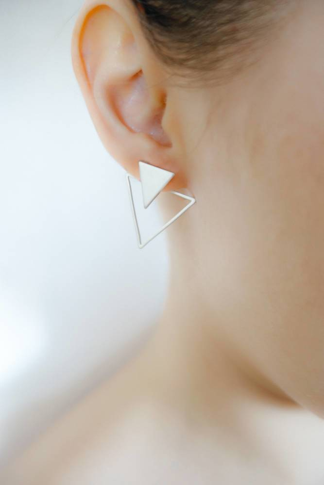 arion earring silver