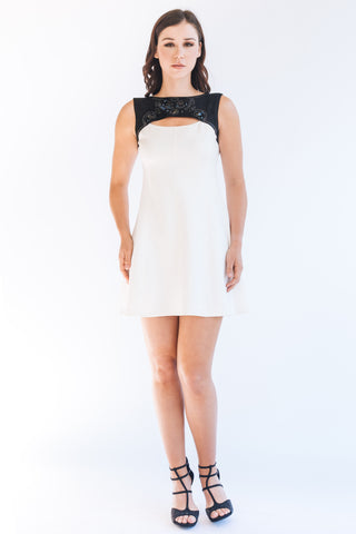 Grommet Crepe Shift Dress - W1480402