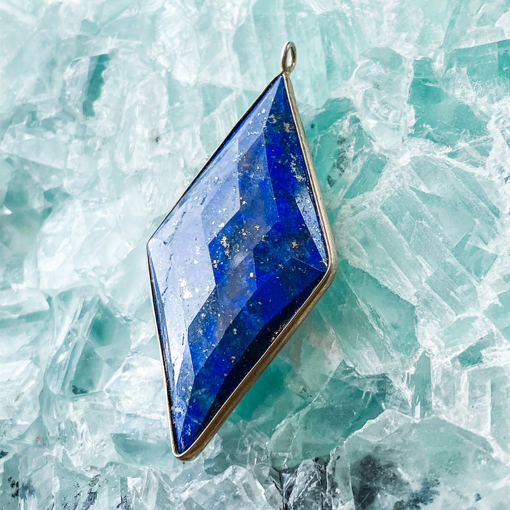 Deep Blue Diamond Lapis - Christine White Style