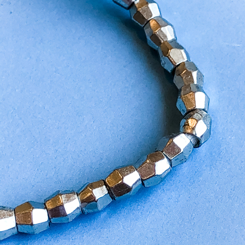 5mm Silver Faceted Bicone Strand