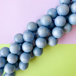 Load image into Gallery viewer, 20mm Denim Wood Rounds Strand