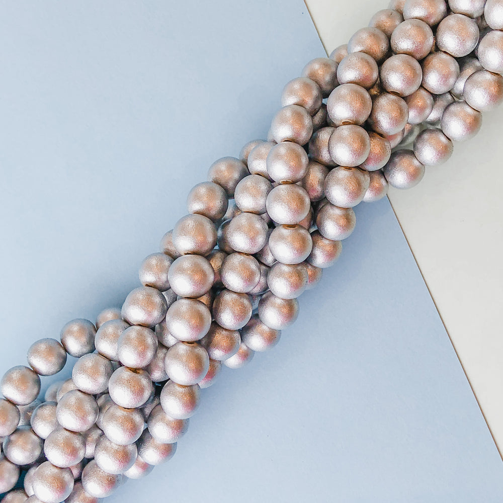 10mm Silver Wood Rounds Strand
