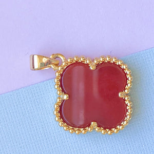 Load image into Gallery viewer, 16mm Carnelian Quatrefoil Gold Bezel Pendant