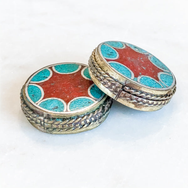 Load image into Gallery viewer, 27mm Circus Pattern Coin Bead - 2 Pack - Christine White Style