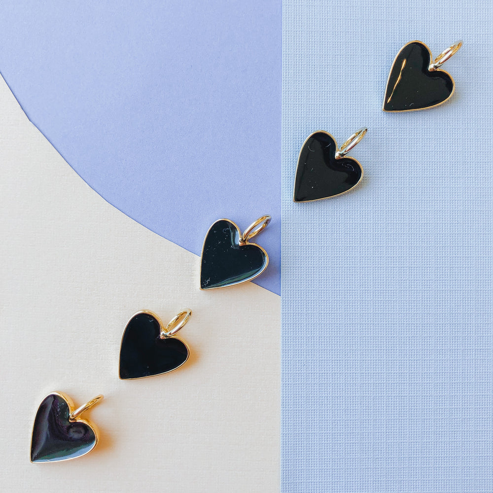 Load image into Gallery viewer, 14mm Black Enamel Gold Heart Pendant