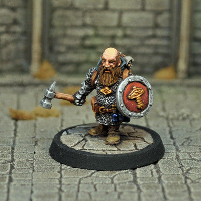 Otherworld Miniatures DAD2 - Male Dwarf Cleric
