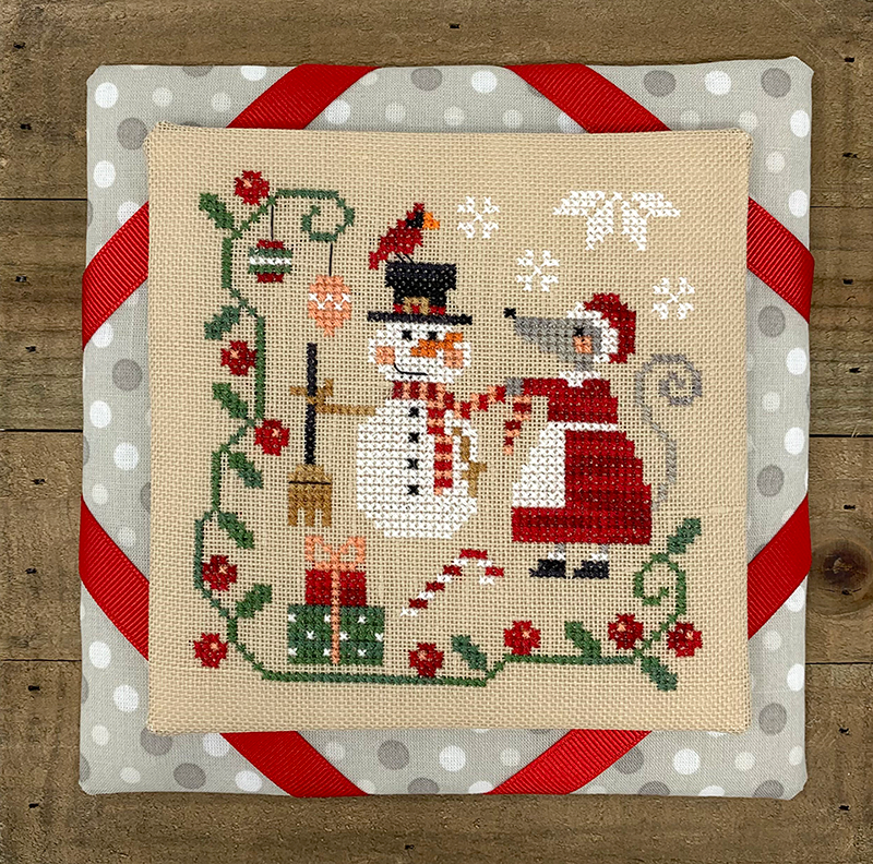 Mouse's Christmas Decorating - Modern Cross Stitch Pattern PDF