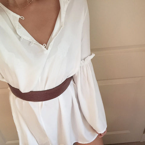 Simple white dress with belt - Ellis and Friends