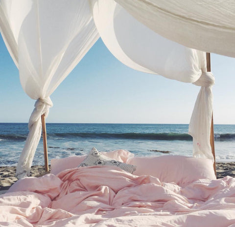 Dreamy bed on beach - Fashion inspiration photography - Ellis and Friends